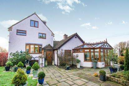 4 Bedrooms House for sale in Pulsterwyne Farm, Station Road, Woolaston, Lydney