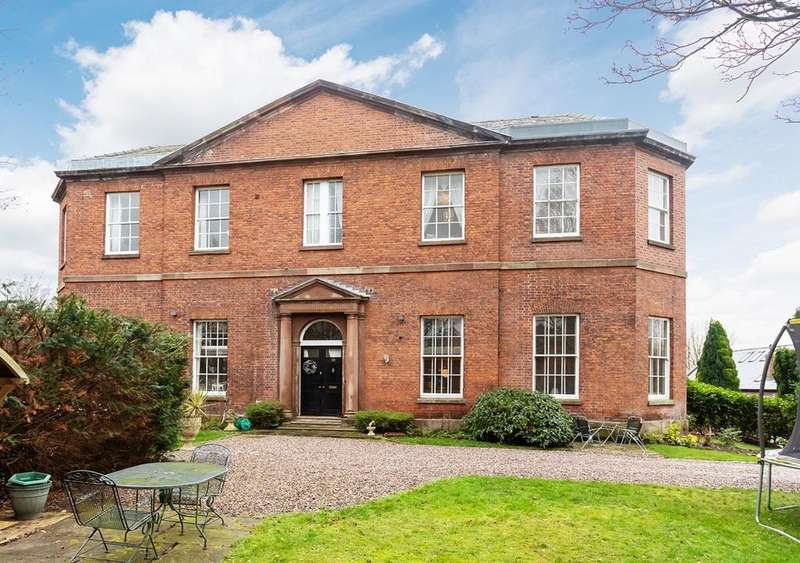 4 Bedrooms Semi Detached House for sale in Millbank, Lymm