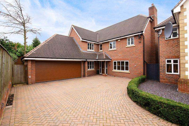 5 Bedrooms House for sale in The Gardens, Sutton Coldfield