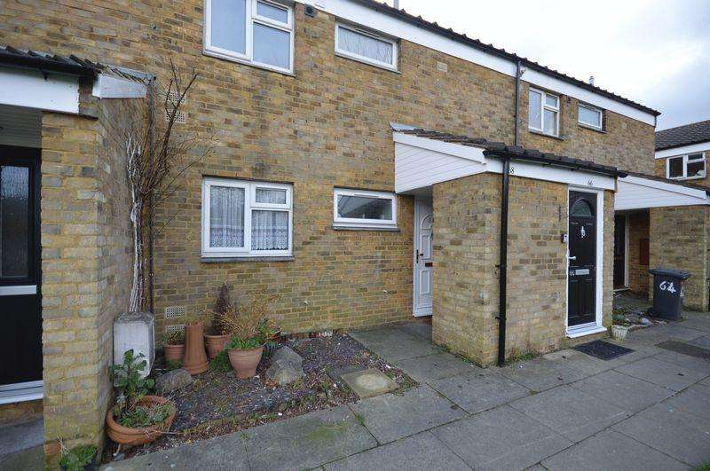 1 Bedroom Apartment Flat for sale in Spear Close.