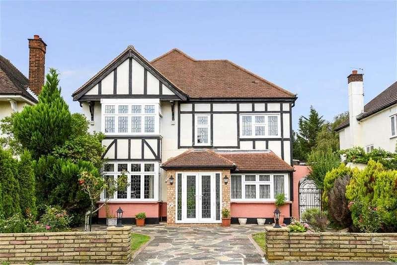 4 Bedrooms Detached House for sale in Hayes Way, Beckenham, Kent