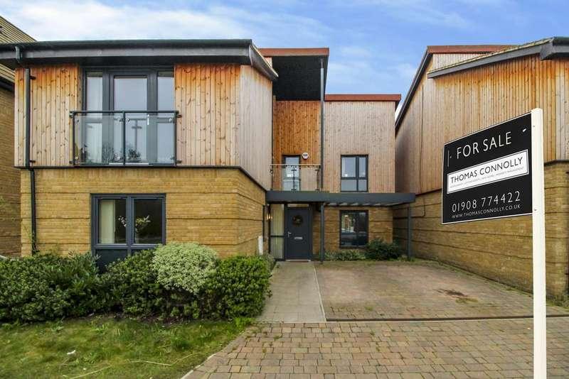 4 Bedrooms Detached House for sale in Aiken Grange, Oakgrove, Milton Keynes MK10
