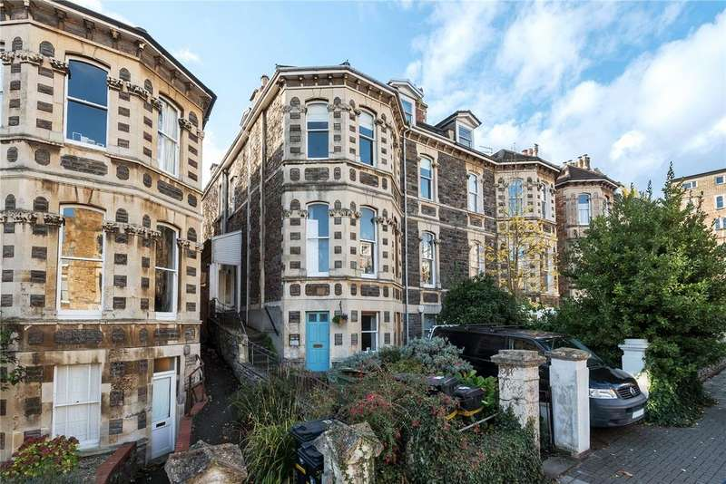 2 Bedrooms Apartment Flat for sale in Beaconsfield Road, Clifton, Bristol, Somerset, BS8