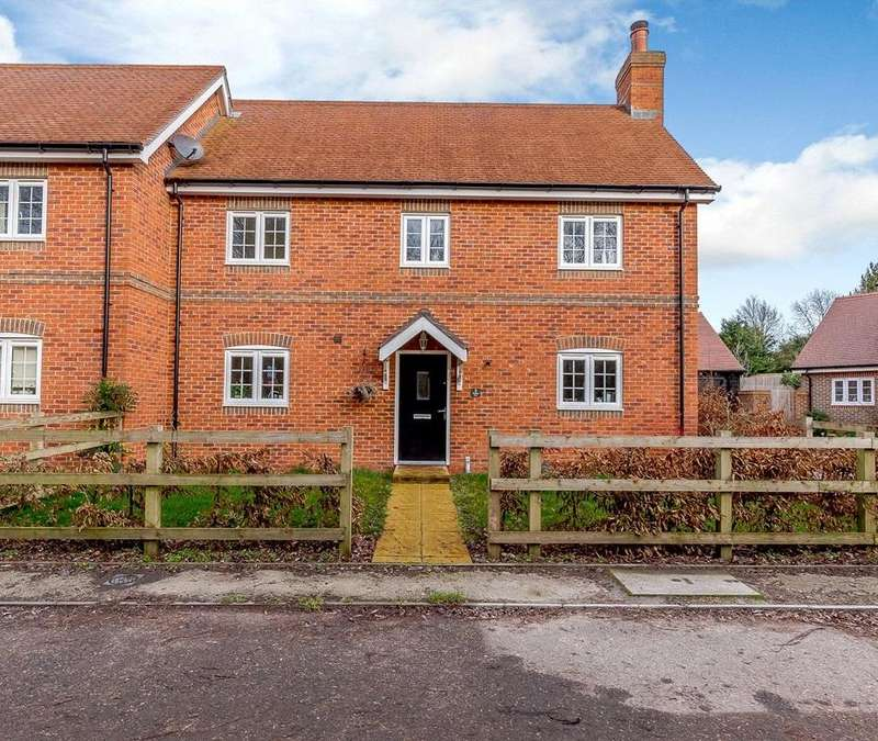 3 Bedrooms Semi Detached House for sale in Grayling Lane, Weston, Newbury, Berkshire, RG20