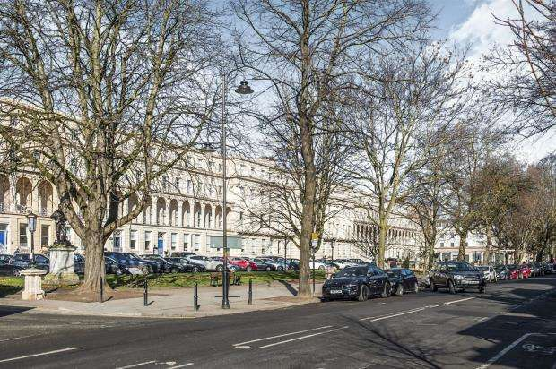 2 Bedrooms Apartment Flat for sale in Imperial Gate, Cheltenham
