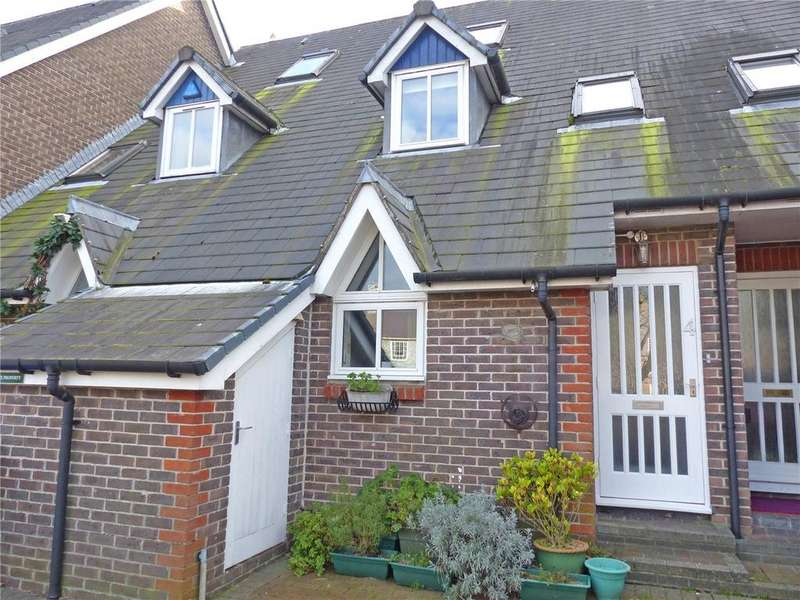 3 Bedrooms Terraced House for sale in Harveys Way, Lewes, East Sussex, BN7