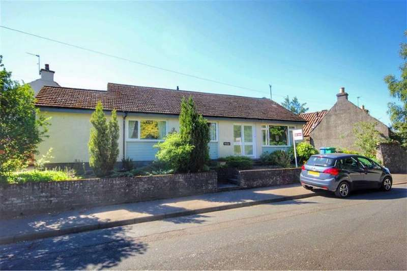 3 Bedrooms Detached Bungalow for sale in Dunvegan, The Loch, Ceres, KY15