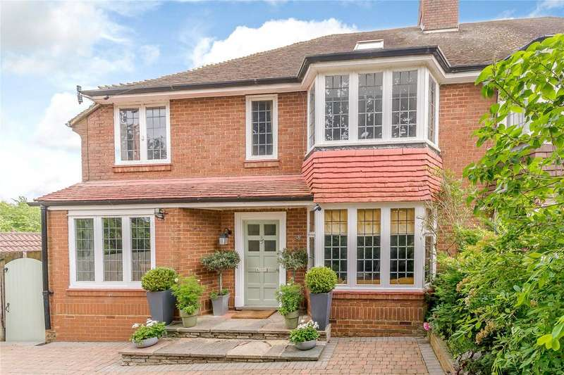 5 Bedrooms Semi Detached House for sale in Townsend Drive, St. Albans, Hertfordshire