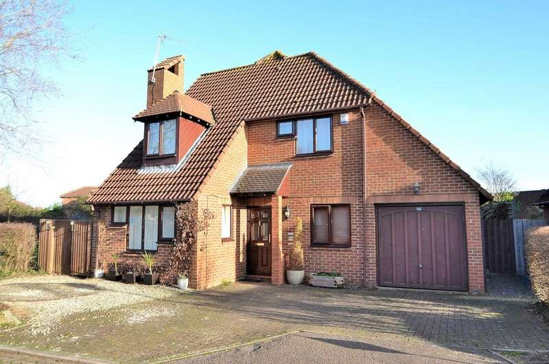 4 Bedrooms Detached House for sale in Bernay Gardens, Bolbeck Park