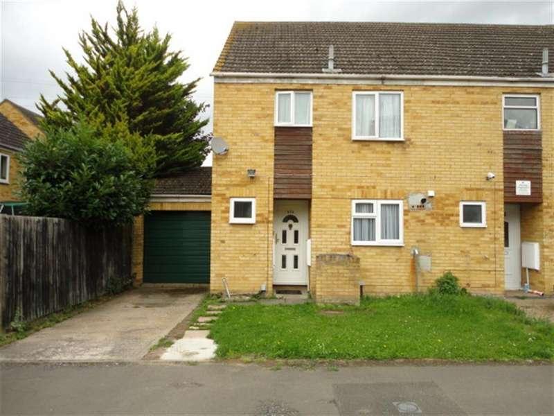 3 Bedrooms Semi Detached House for sale in Rochfords Gardens, Slough, Berkshire, SL2 5XN