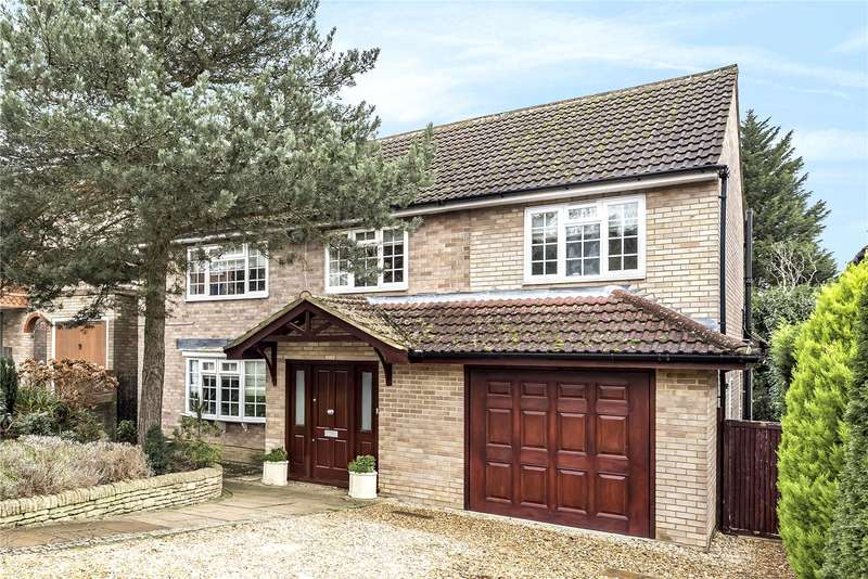 5 Bedrooms Detached House for sale in Little Potters, Bushey, WD23