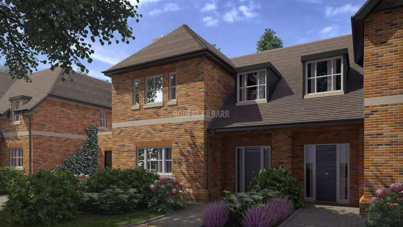 4 Bedrooms Semi Detached House for sale in London Road, Shenley, Radlett
