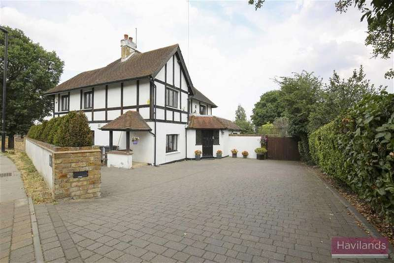 4 Bedrooms Detached House for sale in Worlds End Lane, Winchmore Hill, London