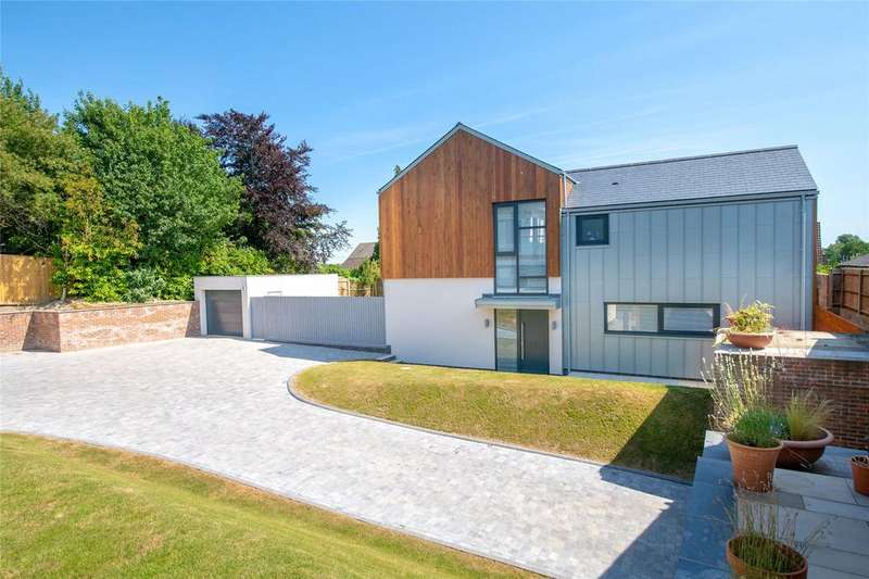 4 Bedrooms Detached House for sale in Broughton, Hampshire, SO20