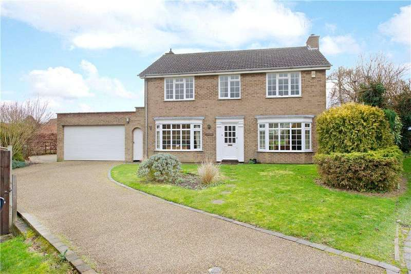 4 Bedrooms Detached House for sale in Clifton Road, Newton Blossomville, Bedfordshire