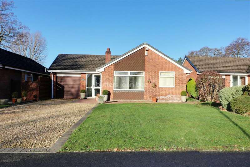 3 Bedrooms Bungalow for sale in Monks Way, Hartford