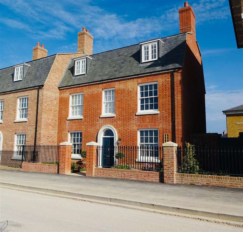4 Bedrooms Property for sale in Crown Street West, Poundbury