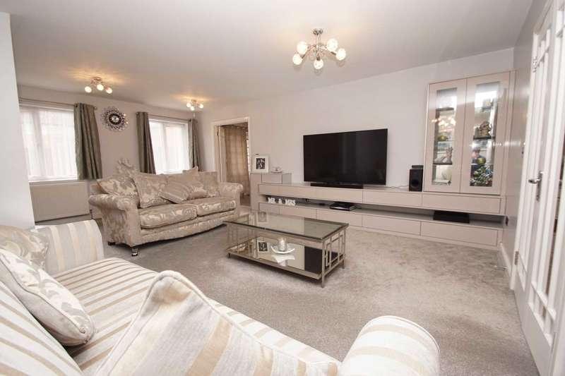 3 Bedrooms Detached House for sale in Laureate Way, Hemel Hempstead