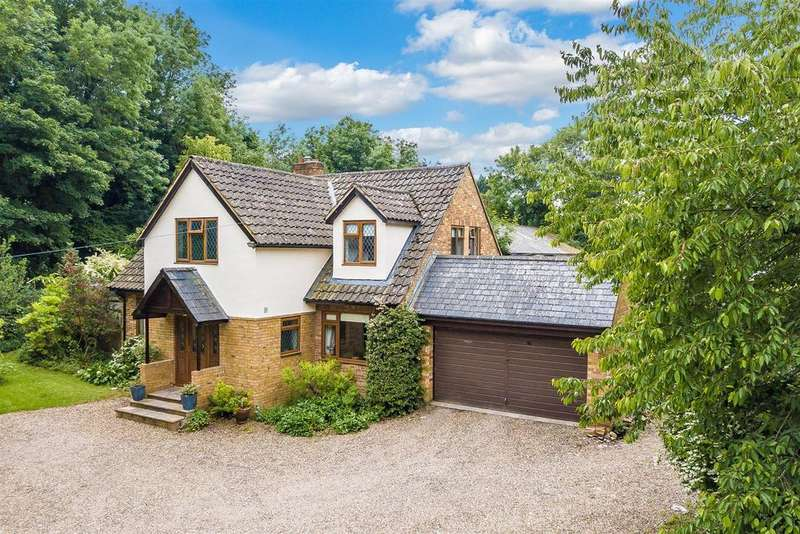 5 Bedrooms Detached House for sale in Fairlawn Road, Banstead