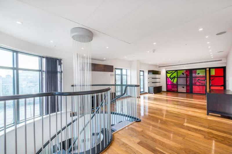 3 Bedrooms Flat for sale in North Row, Mayfair, W1K