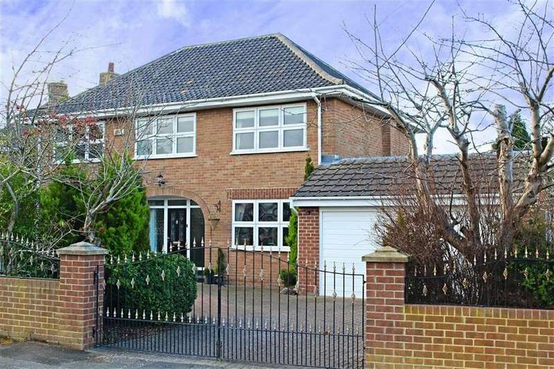 4 Bedrooms Detached House for sale in The Croft, Marton