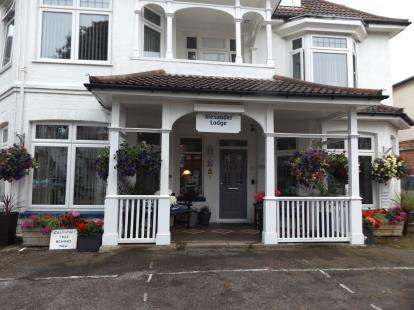 11 Bedrooms Detached House for sale in Bournemouth, Dorset