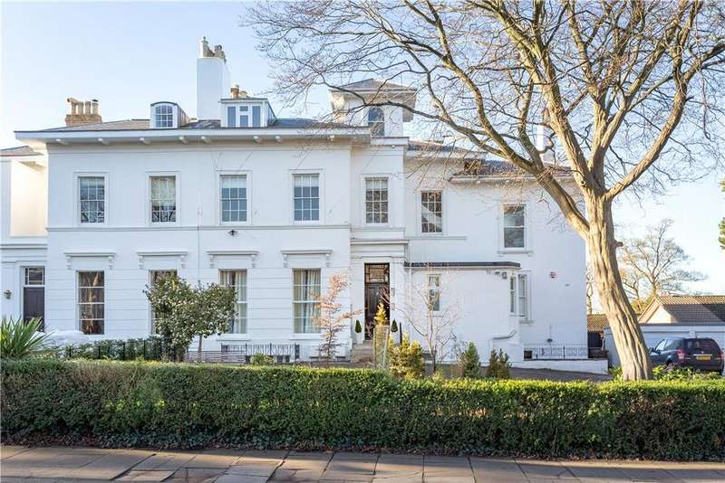3 Bedrooms Flat for sale in Parkfield Lawn, 59 St. Stephens Road, Cheltenham, Gloucestershire, GL51