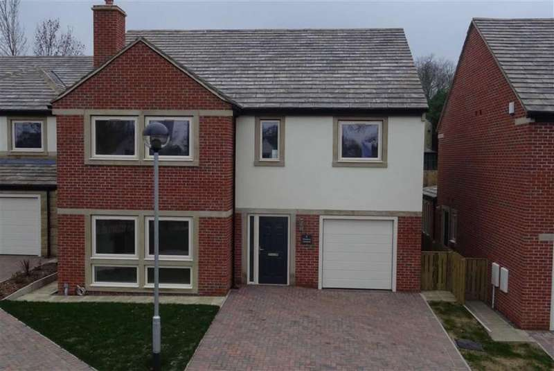 4 Bedrooms Detached House for sale in Off Huddersfield Road, Roberttown Lane, Liversedge, WF15