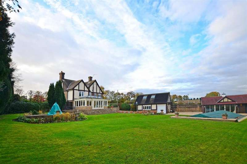 4 Bedrooms Detached House for sale in Northern Common, Dronfield Woodhouse, Dronfield