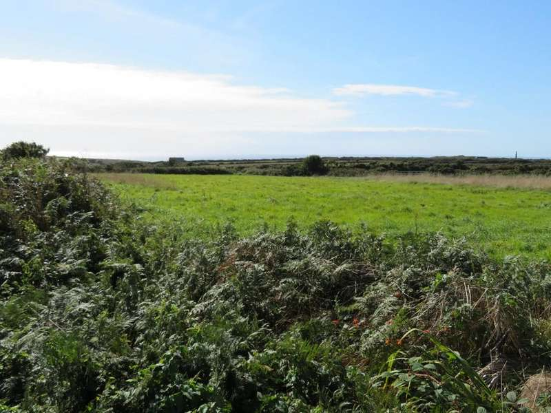 3 Bedrooms Semi Detached House for sale in Bosorne Close, St. Just, Cornwall