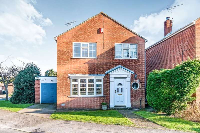 3 Bedrooms Detached House for sale in Weatherly Drive, Broadstairs, CT10