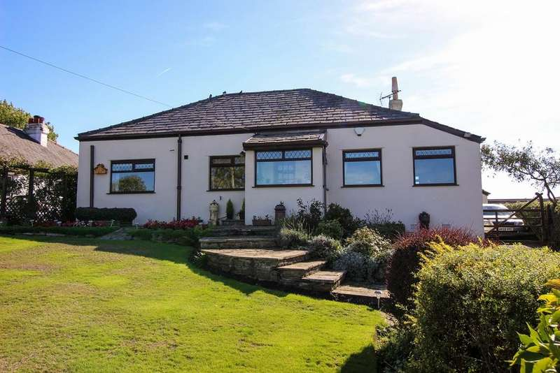 3 Bedrooms Detached Bungalow for sale in Werneth Low Road, Hyde, SK14