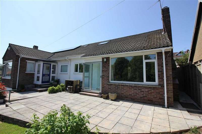 3 Bedrooms Semi Detached Bungalow for sale in Cairns Road, Redland, Bristol