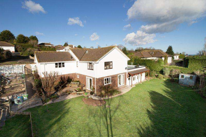 4 Bedrooms Detached House for sale in Bala Brook Close, Brixham