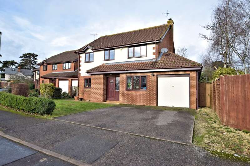 4 Bedrooms Detached House for sale in Hunters Way, Spencers Wood, Reading, RG7