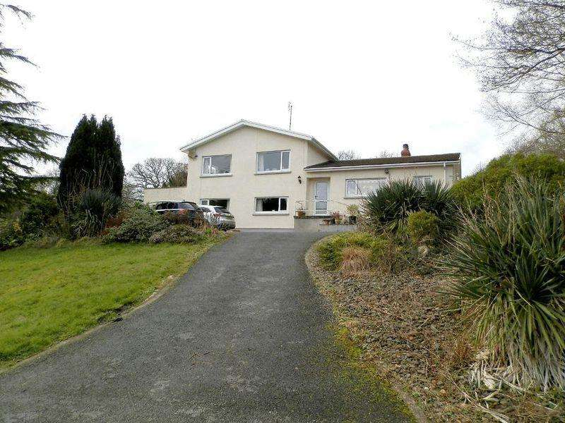 5 Bedrooms Detached House for sale in Cwm Cou, Newcastle Emlyn