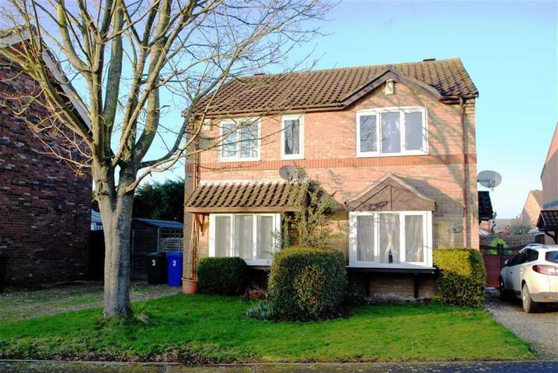 2 Bedrooms Semi Detached House for sale in Sinclair Close, Boston