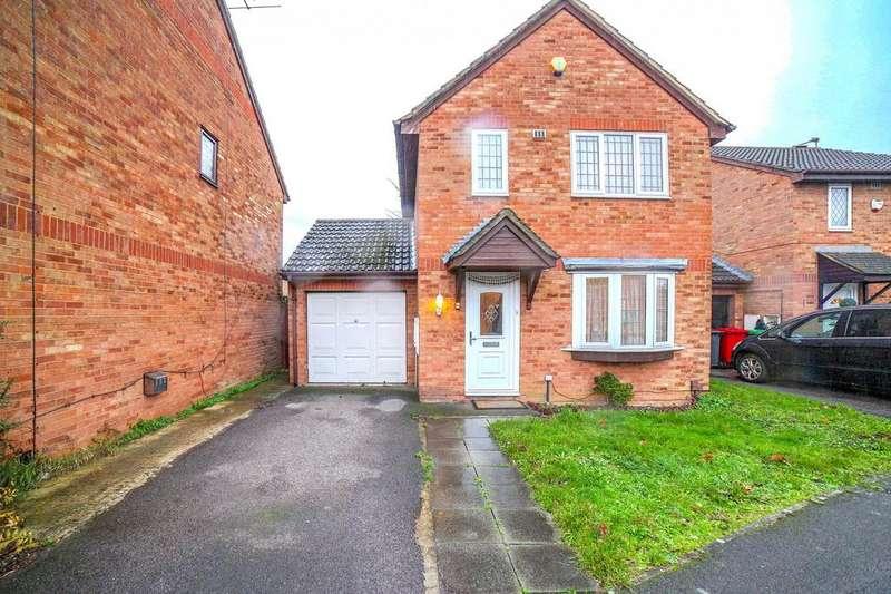 3 Bedrooms Detached House for sale in Bader Gardens, Slough, Berkshire, SL1