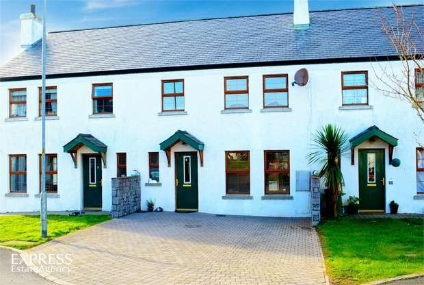 3 Bedrooms Terraced House for sale in Drumfad Cove, Millisle, Newtownards, County Down