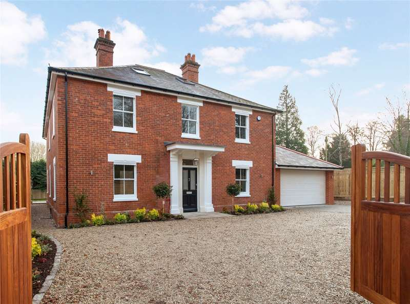 5 Bedrooms Detached House for sale in Reading Road, Shiplake, Oxfordshire, RG9