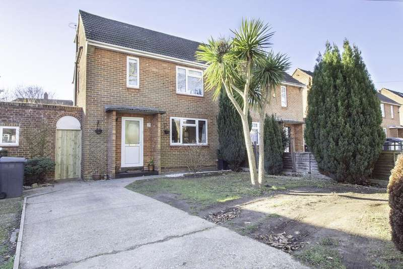 3 Bedrooms Semi Detached House for sale in Poole Lane BH11