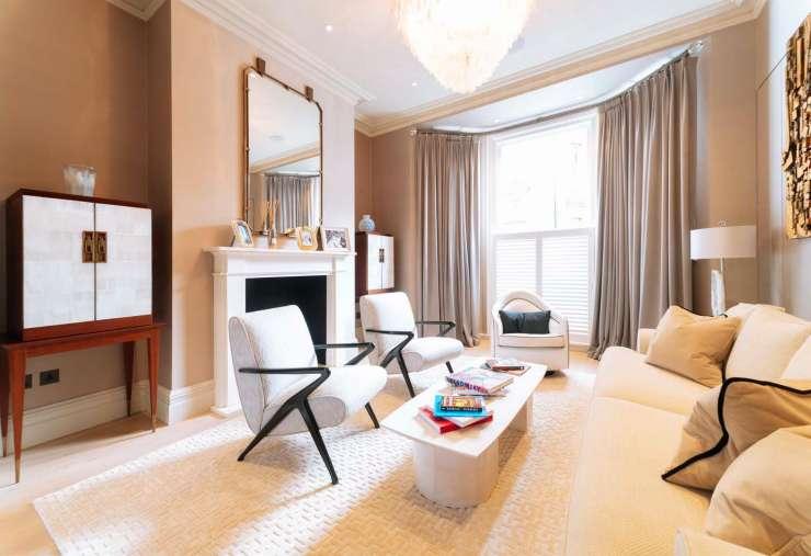 4 Bedrooms Semi Detached House for sale in 155 Gloucester Road, Kensington