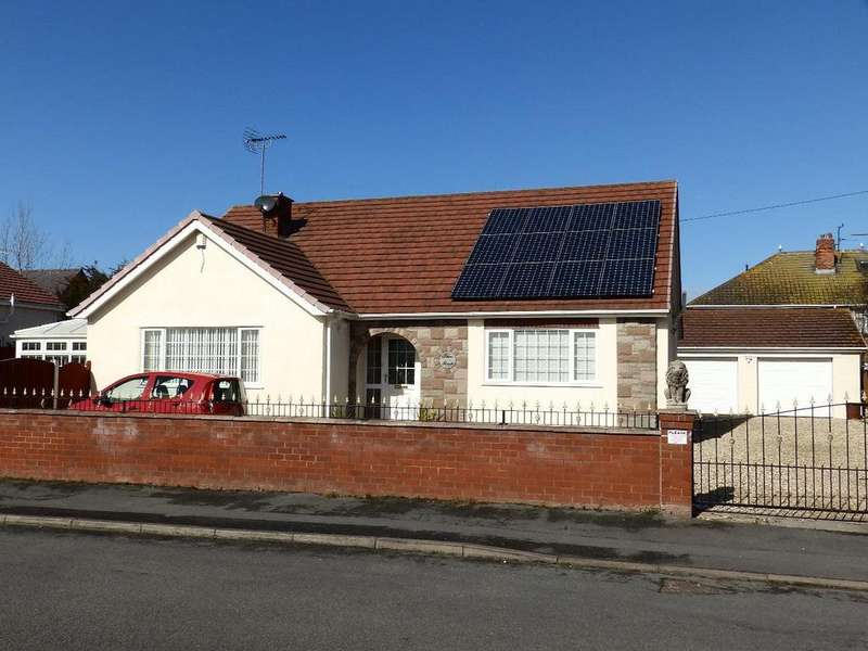 4 Bedrooms Detached Bungalow for sale in Kendal Road, Kinmel Bay