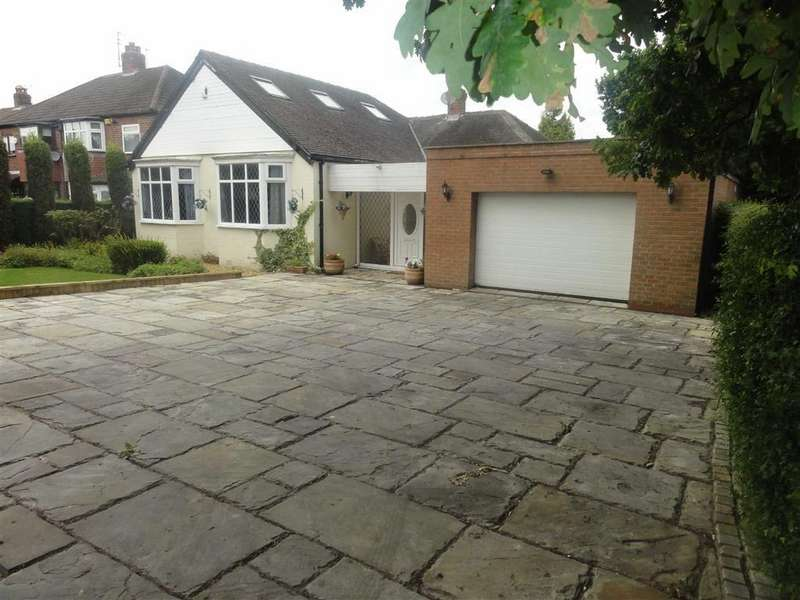 5 Bedrooms Detached Bungalow for sale in Bolshaw Road, Heald Green