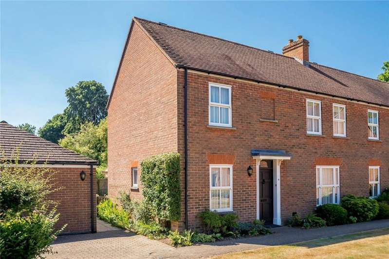 3 Bedrooms House for sale in Seymour Place, Odiham, Hampshire