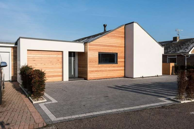 4 Bedrooms Link Detached House for sale in Shoreham-by-Sea, West Sussex