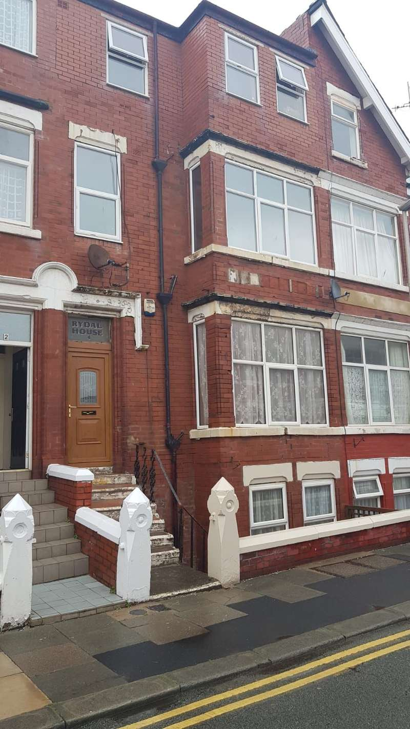 Property for sale in Lonsdale Road , Blackpool, FY1