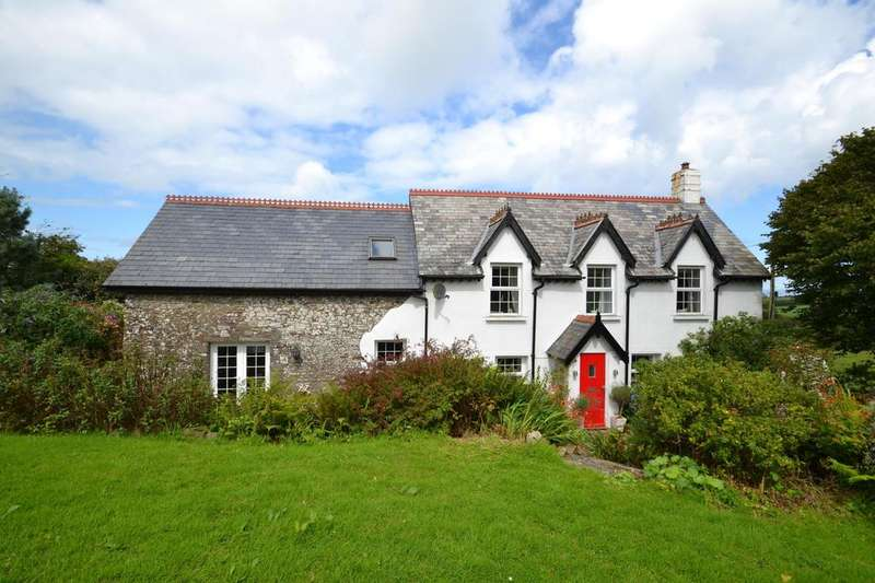5 Bedrooms Detached House for sale in Higher Clovelly, Bideford