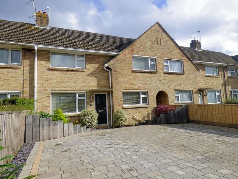 3 Bedrooms Terraced House for sale in Clyde Road, Poole