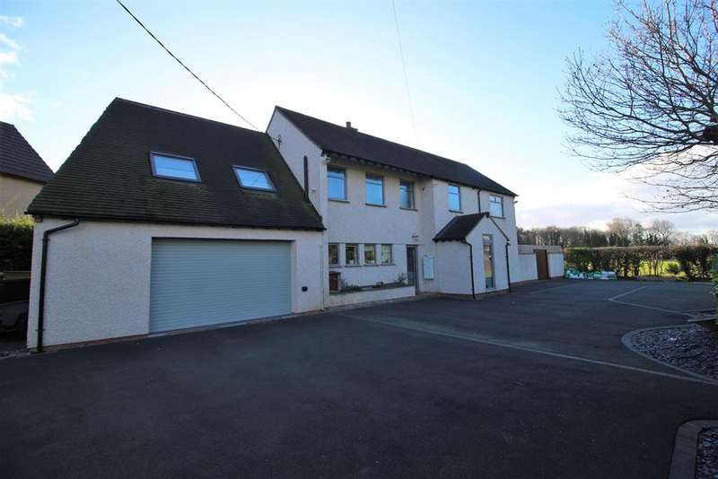 4 Bedrooms Detached House for sale in Upper Raby Road, Neston, Cheshire, CH64 7TZ